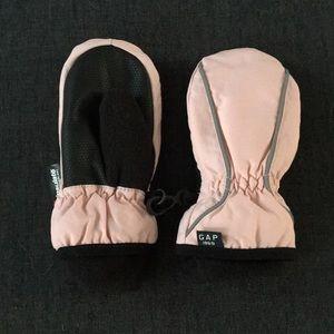 Gap Thinsulate mittens